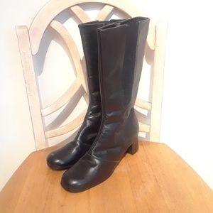 Shoes - Black Leatherlike Winter Boots Woman Size 9.5 - 10